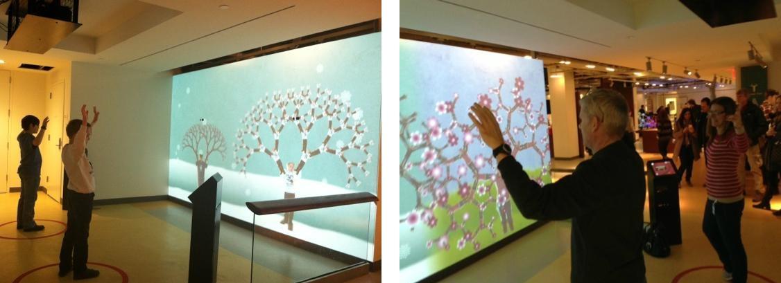 Интерактивная инсталляция в Национальном музее математики в Нью-Йорке: отражение посетителя на экране тиражировалось таким образом, что из него получалось изображение дерева со множеством веток.