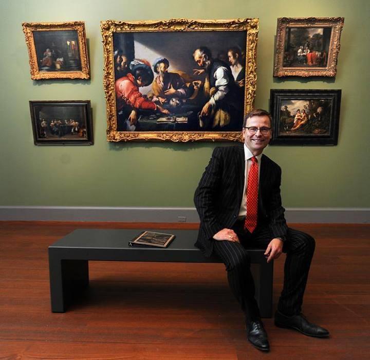 Маттиас Вашек (Matthias Waschek), директор Worcester Art Museum, в одном из залов обновленной экспозиции