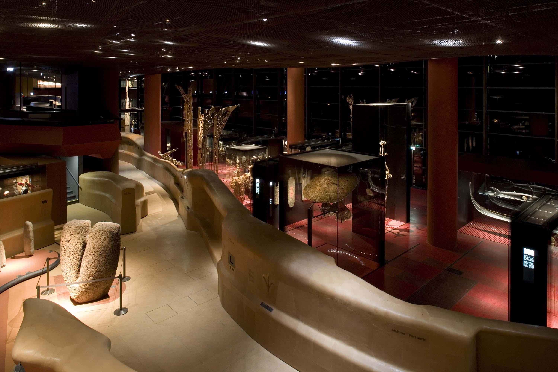 MQB. Le plateau des collections. La Rivière. Octobre 2006.